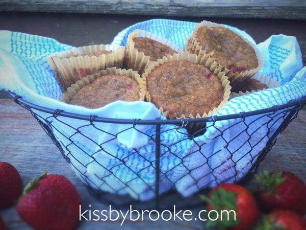StrawberryBananaMuffins